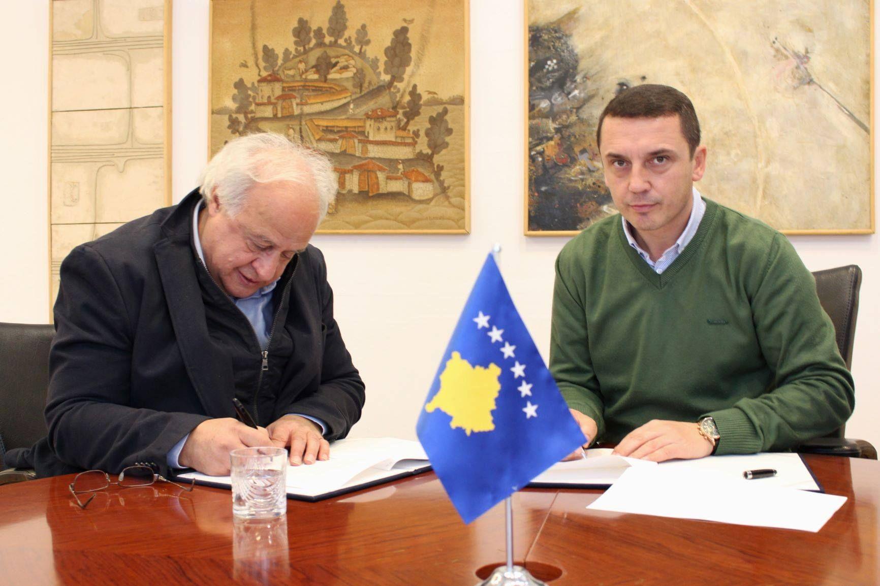 MKRS-ja mbështet Federatën e Shahut për pajisje, në vlerë prej 11 mijë euro