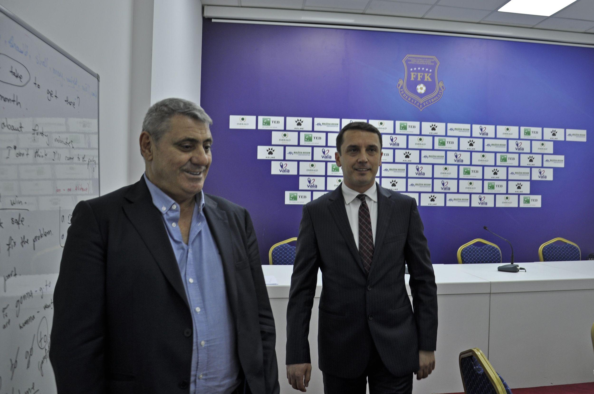 Ministri Gashi vizitoi FFK-në, në maj stadiumi i Prishtinës do të jetë i gatshëm