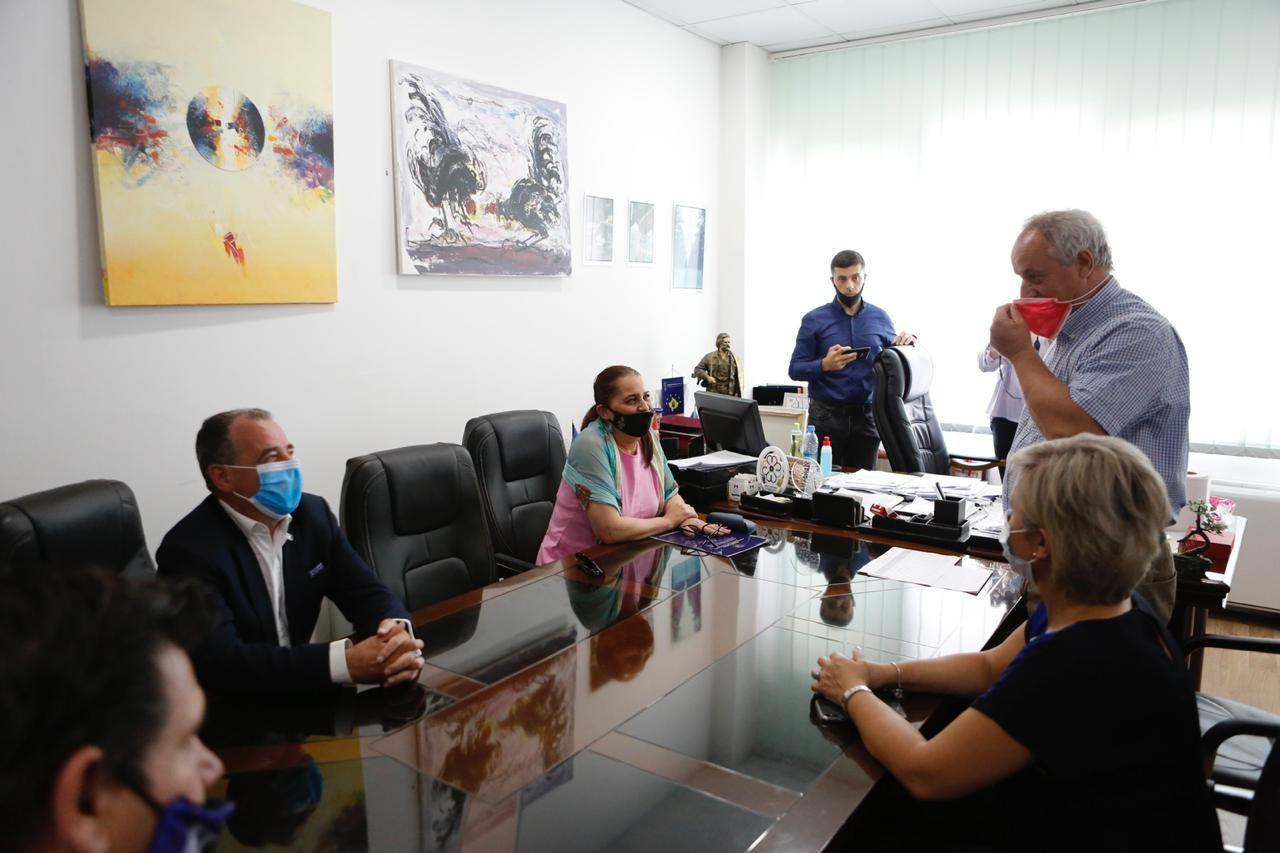 Ministrja Dumoshi vizitoi Fushë Kosovën